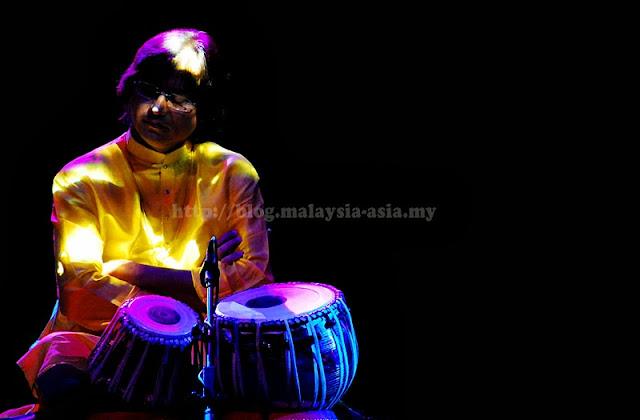Tabla Player Borneo World Music Expo 2013