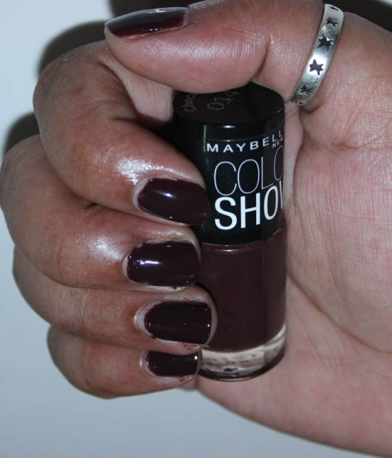Nail Paint Review | Maybelline Color Show In Choco Sin