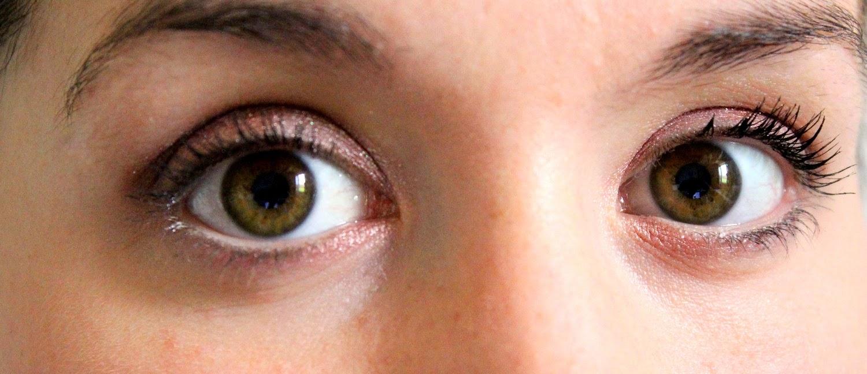 http://cosmetic-madness.blogspot.com/2015/04/un-maquillage-avec-la-iconic-3-dupe-de.html