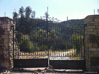 gate of compound