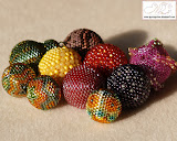 GYÖNGYBOGYÓK / beaded beads: