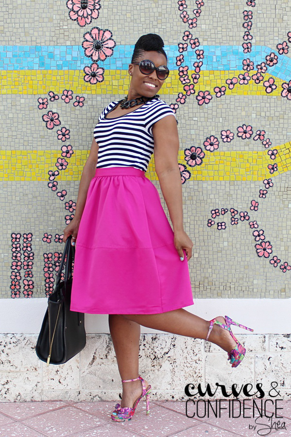 floral sandals, how to wear pink, black and white stripe t shirt