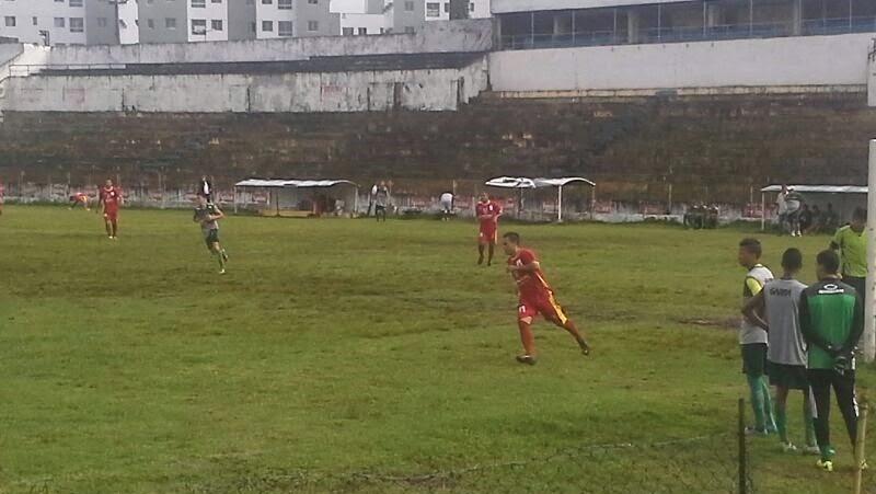 Juvenil do América é derrotado pela Uninassau em jogo-treino