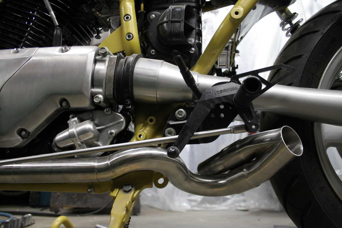 Suzuki VX800 Restoration Project: March 2011