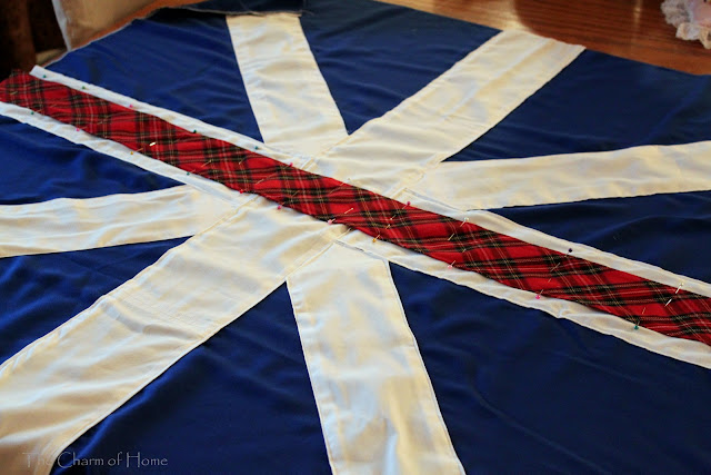 Union Jack Table Topper: The Charm of Home