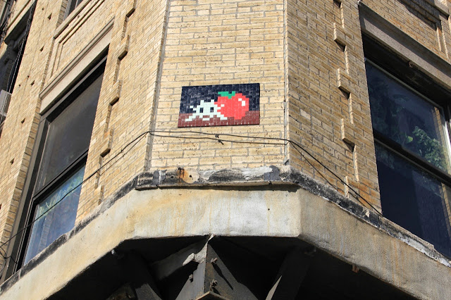 Mosaic Street Art By Space Invader On The Streets Of New York City, USA. 8