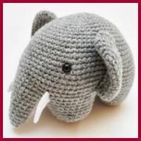 Elefante amigurumi en una pieza
