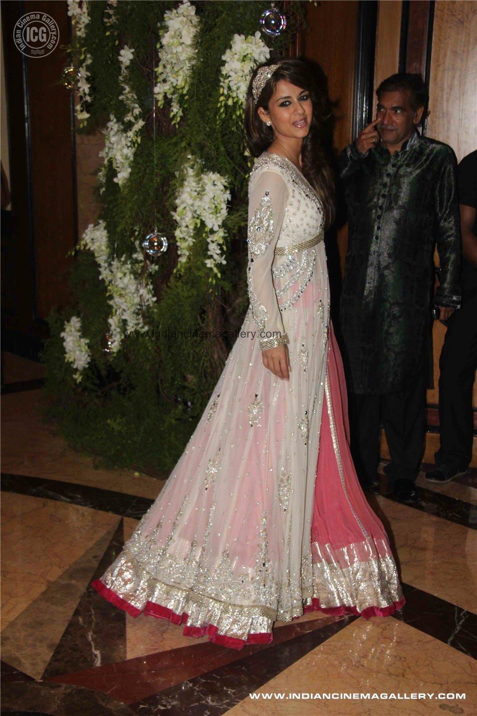 Images of Genelia Dsouza Wedding Dress - #SpaceHero