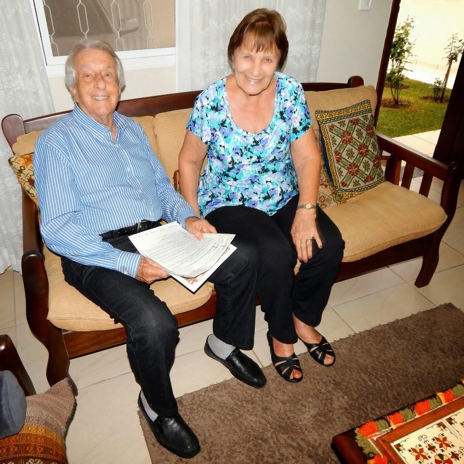 Alexander e Laima em sua residência na cidade de Nova Odessa, em setembro de 2014.