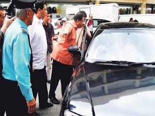 Samseng Tak Sedar Diri, Nasib Baik Datuk Seri Tengku Adnan Tengku Mansor Tak Kena Tumbuk