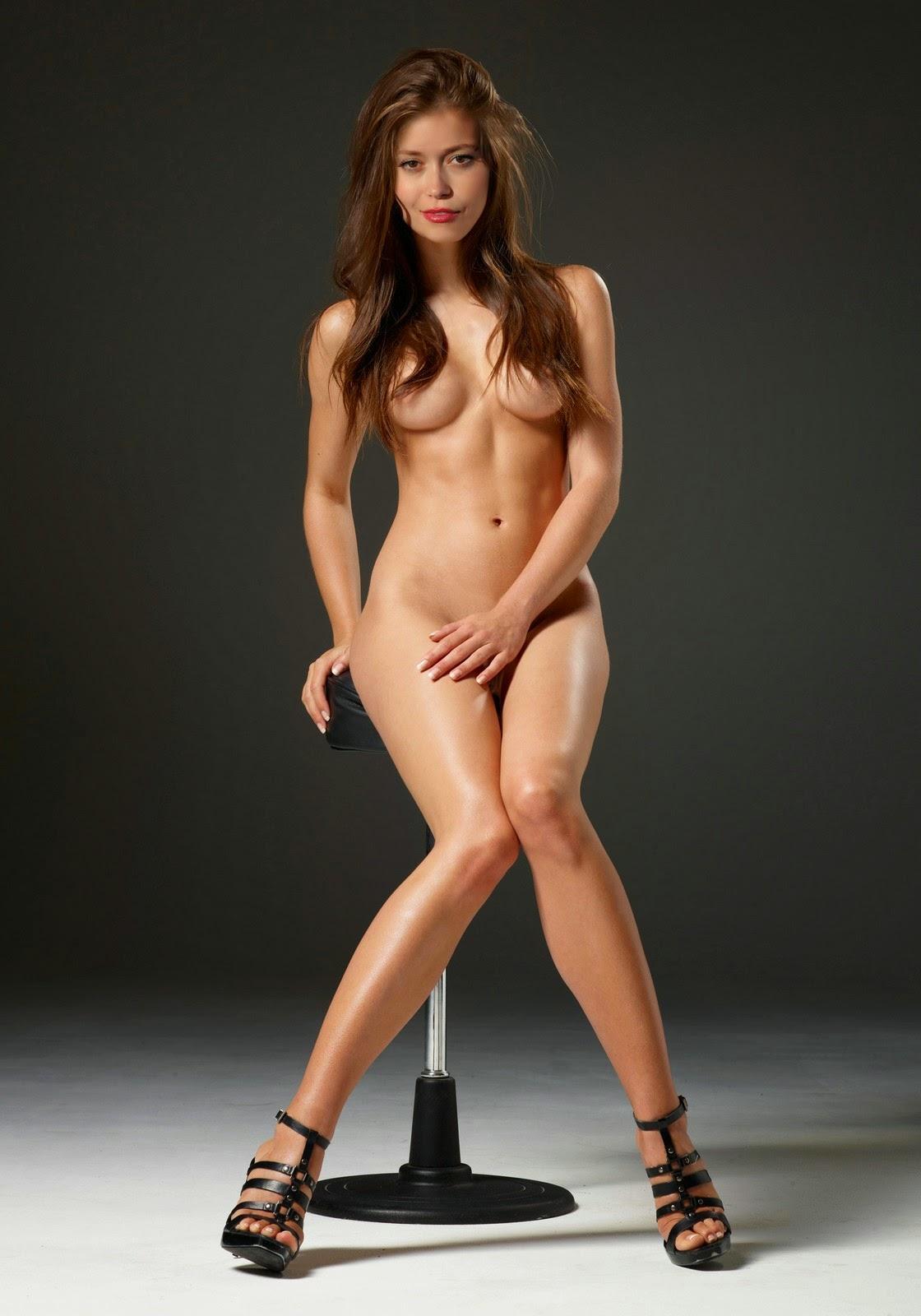 Nackt Bilder : Summer Glau Sexy Nude Pictures   nackter arsch.com