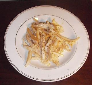 D lices d 39 une novice salade de chou chinois croquant et sa vinaigrette - Comment cuisiner le chou chinois ...