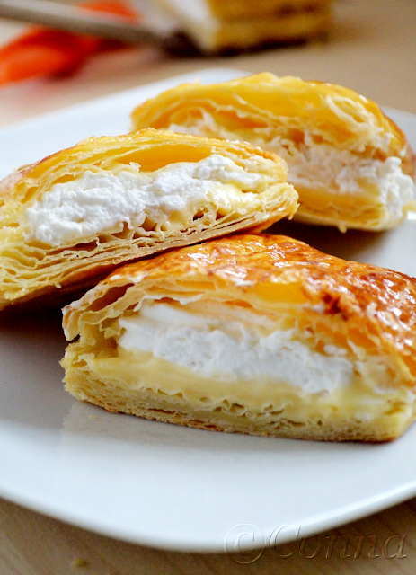 Γλώσσα της πεθεράς / Millefeuille with creme patisserie & whipped cream