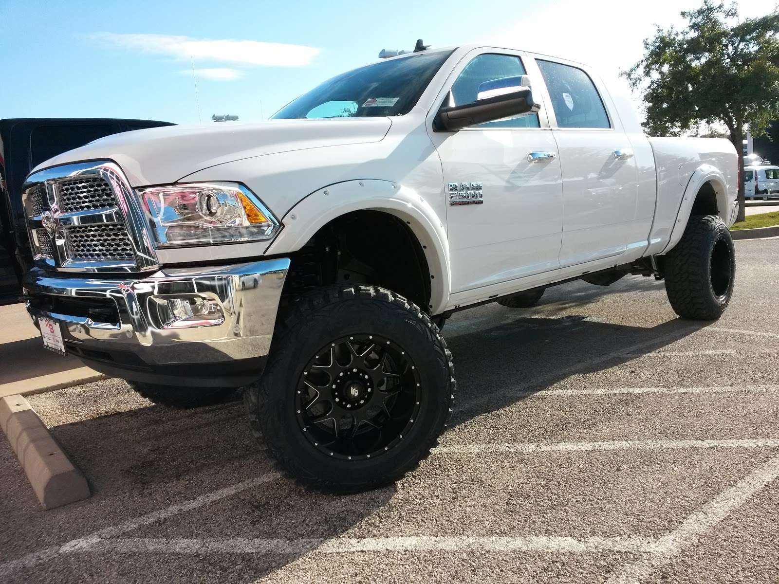 Video 2016 ram 2500 4x4 laramie mega cab tricked out lifted 6 diesel truck tdy sales