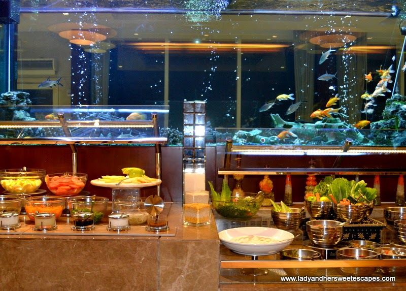 dinner buffet at Al Murjan in Oceanic Hotel