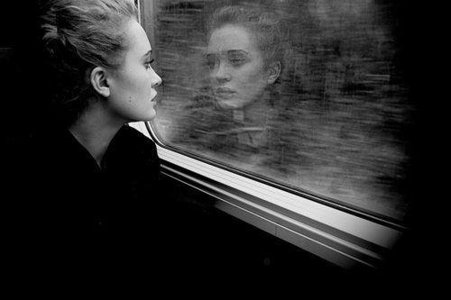 """""""La chica del tren"""" sigue arrasando"""