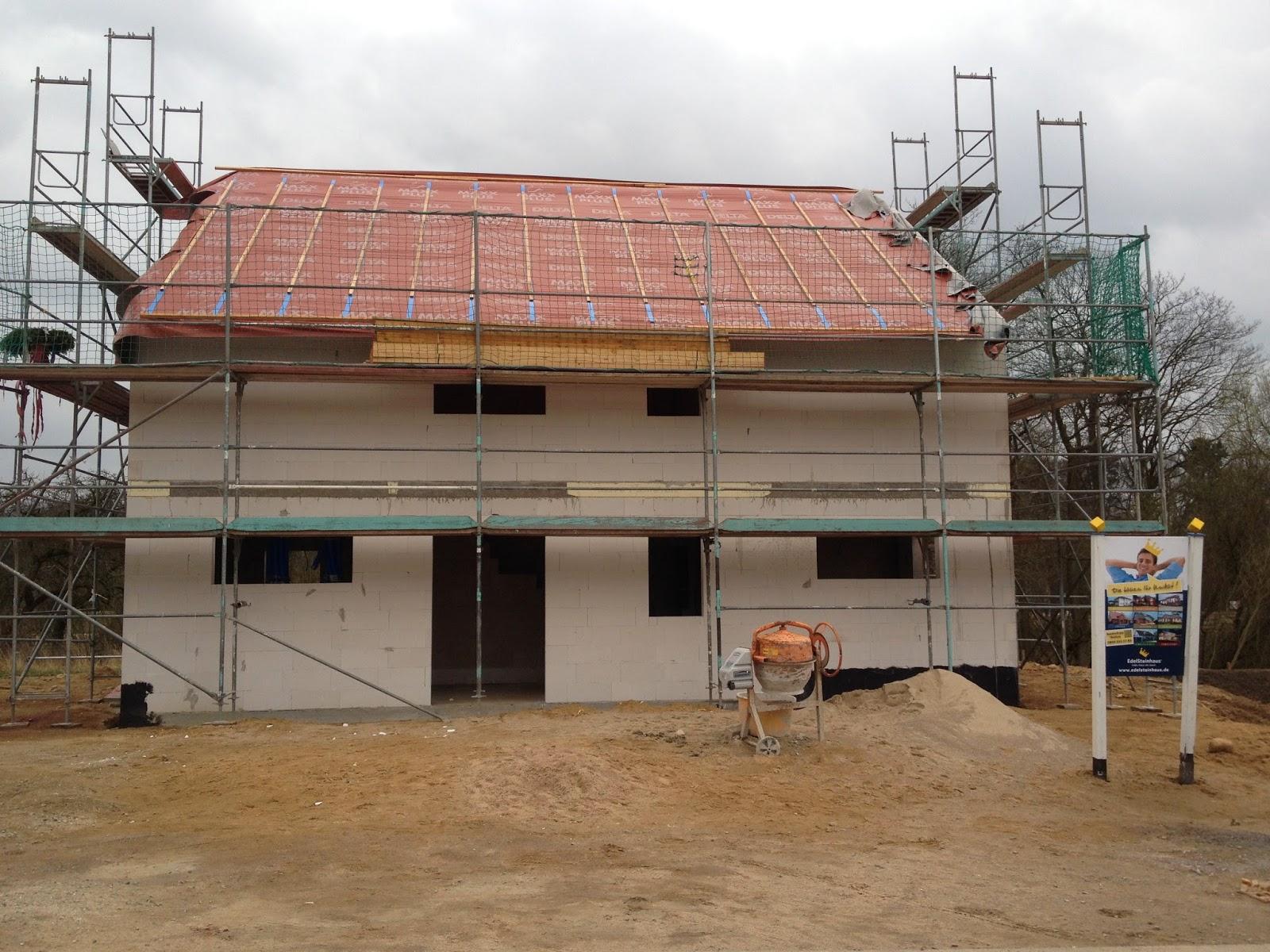 erlenhof 38 auf nach ahrensburg rohbau abgeschlossen elektro geplant sanit r ausgesucht. Black Bedroom Furniture Sets. Home Design Ideas