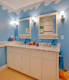kamar+mandi+anak+kecil+warna+biru+laut Desain kamar mandi kecil cantik untuk anak anak