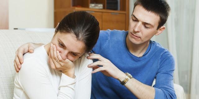 Lima Cara Ampuh Redam Cemburu Pasangan