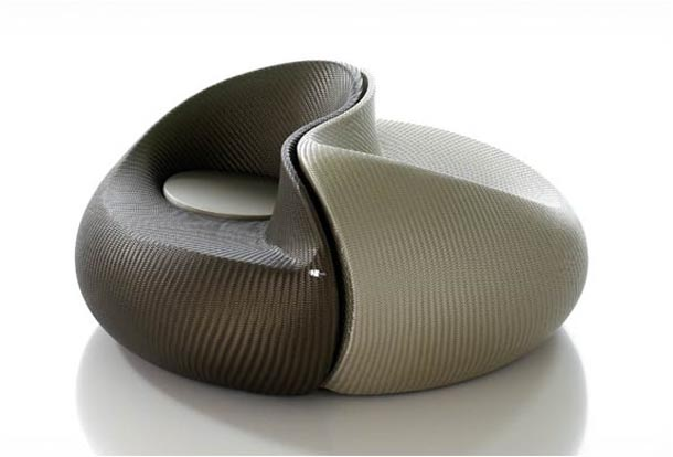 Unique and comfortable yin yang chair design amazing for Yin yang couch