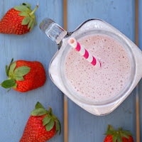 Healthy Strawberry Protein Smoothie Recipe