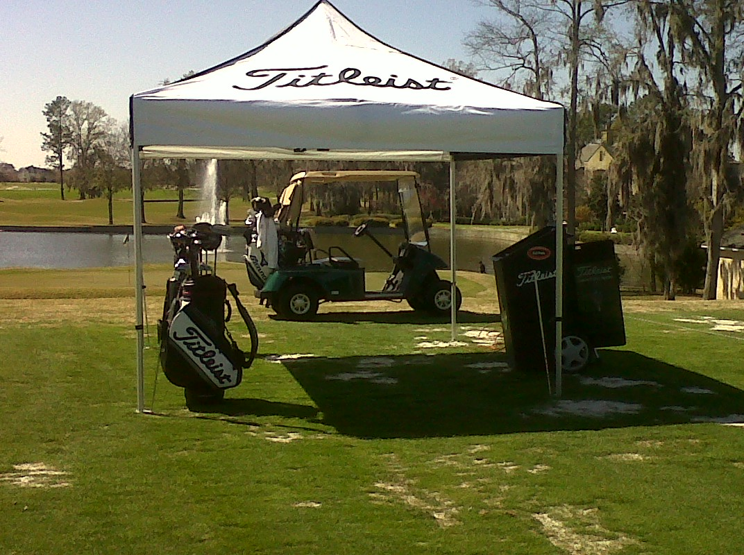 Recently at Wynlakes we made an addition to our teaching facility by adding a pop-up tent to provide a learning center on the range for students. & Jake Spott Golf Instruction: Wynlakes Titleist Teaching Center