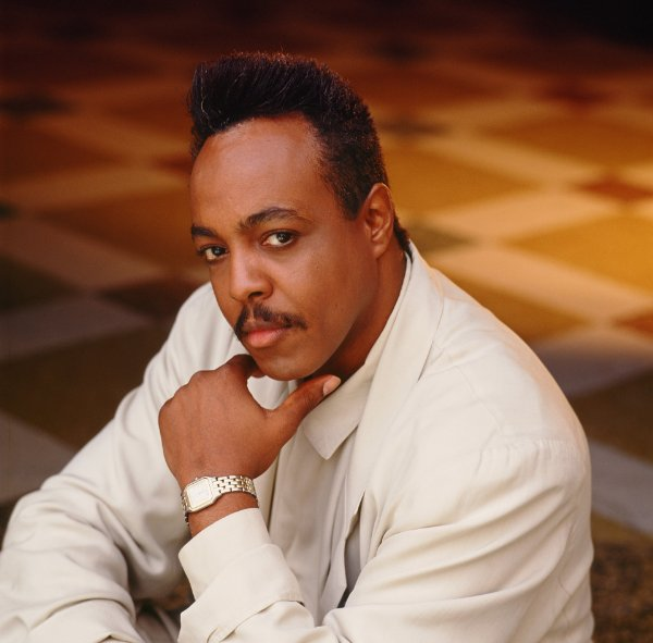Peabo Bryson Net Worth