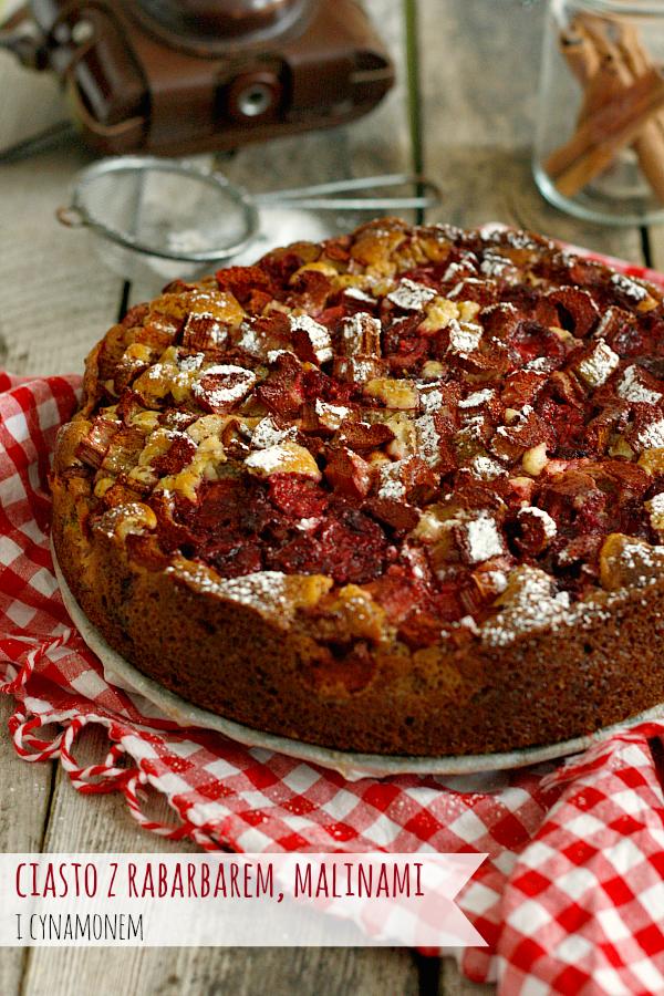 Ciasto z rabarbarem i malinami
