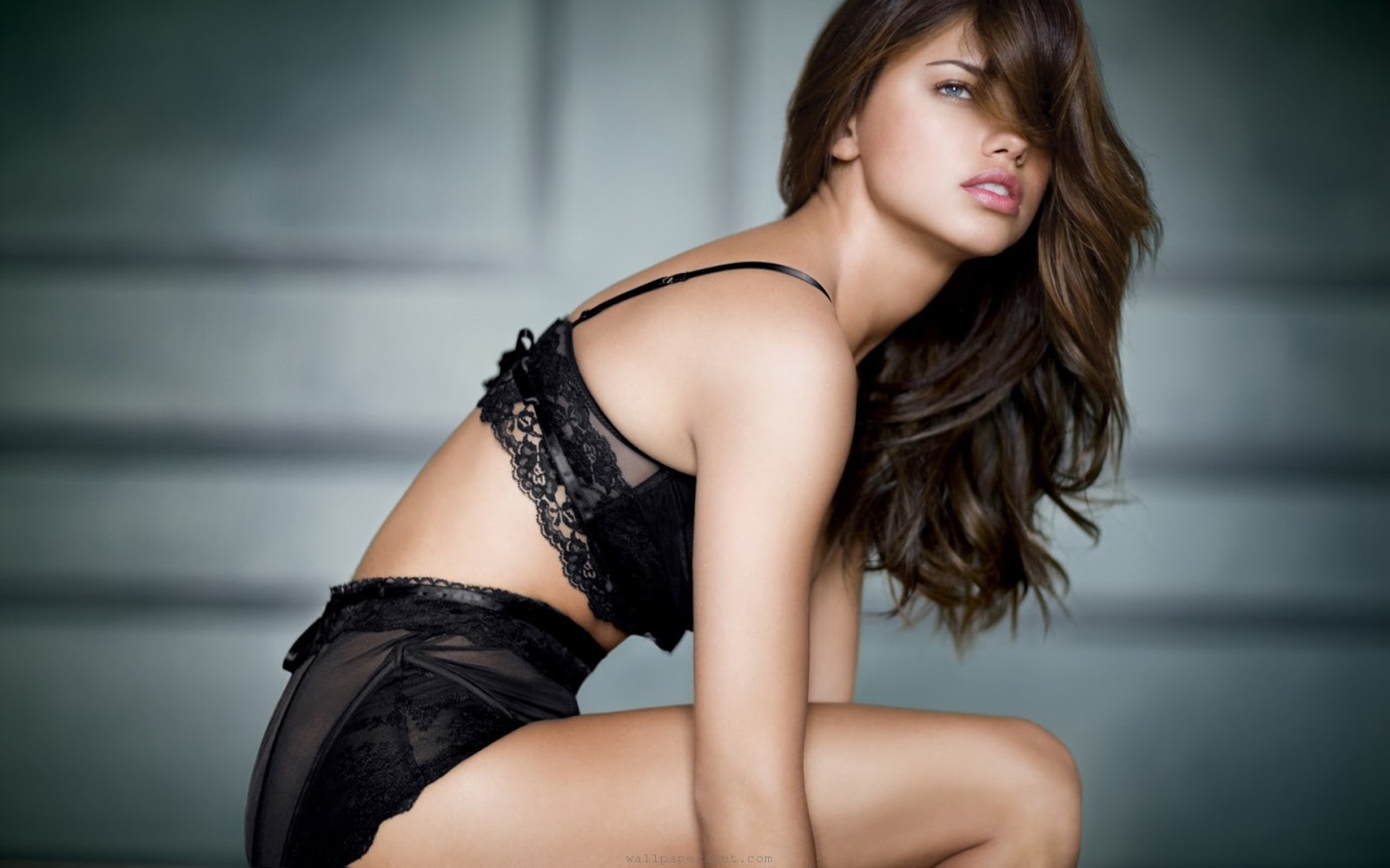 all celebrities: adriana lima hot pics and wallpapers