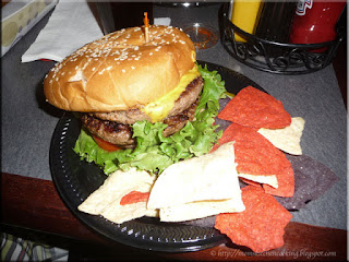 Hockytown Cafe double play burger