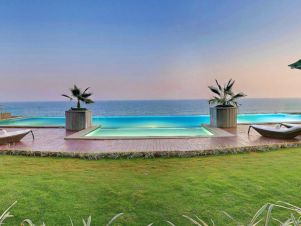 popular infinity pools in india part 2. Black Bedroom Furniture Sets. Home Design Ideas