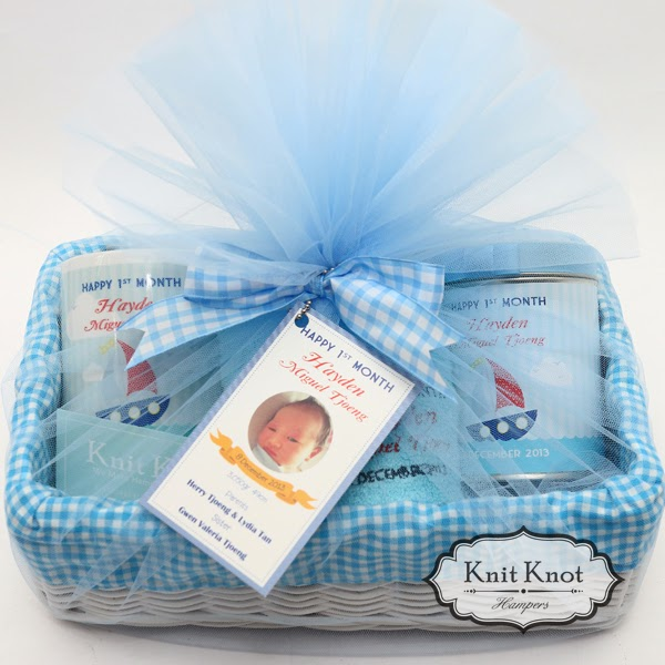 Knit knot hampers jakarta personalized baby hampers kids kids hampers row row your boat negle Image collections