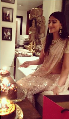 : sonam kapoor celebrating her 28th birthday hot images