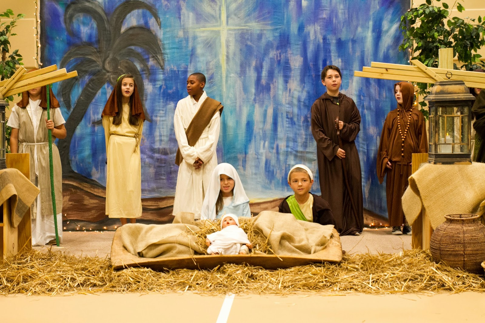 Catholic Students Enjoy Celebrating Christmas on Campus 2