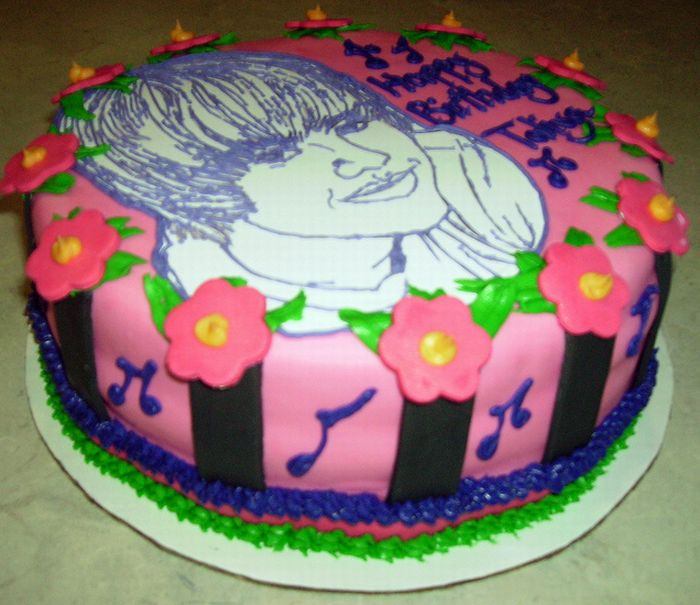 Justin Bieber Birthday Cakes ~ Damn Cool Pictures
