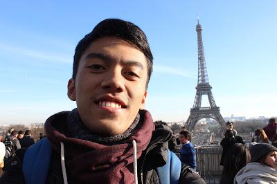 Jalan-Jalan di Paris - Trocadero 2 Eiffel Tower Selfie