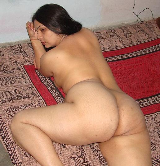 Moti Gand Wali Sundari Bhabhi Nude Pictures