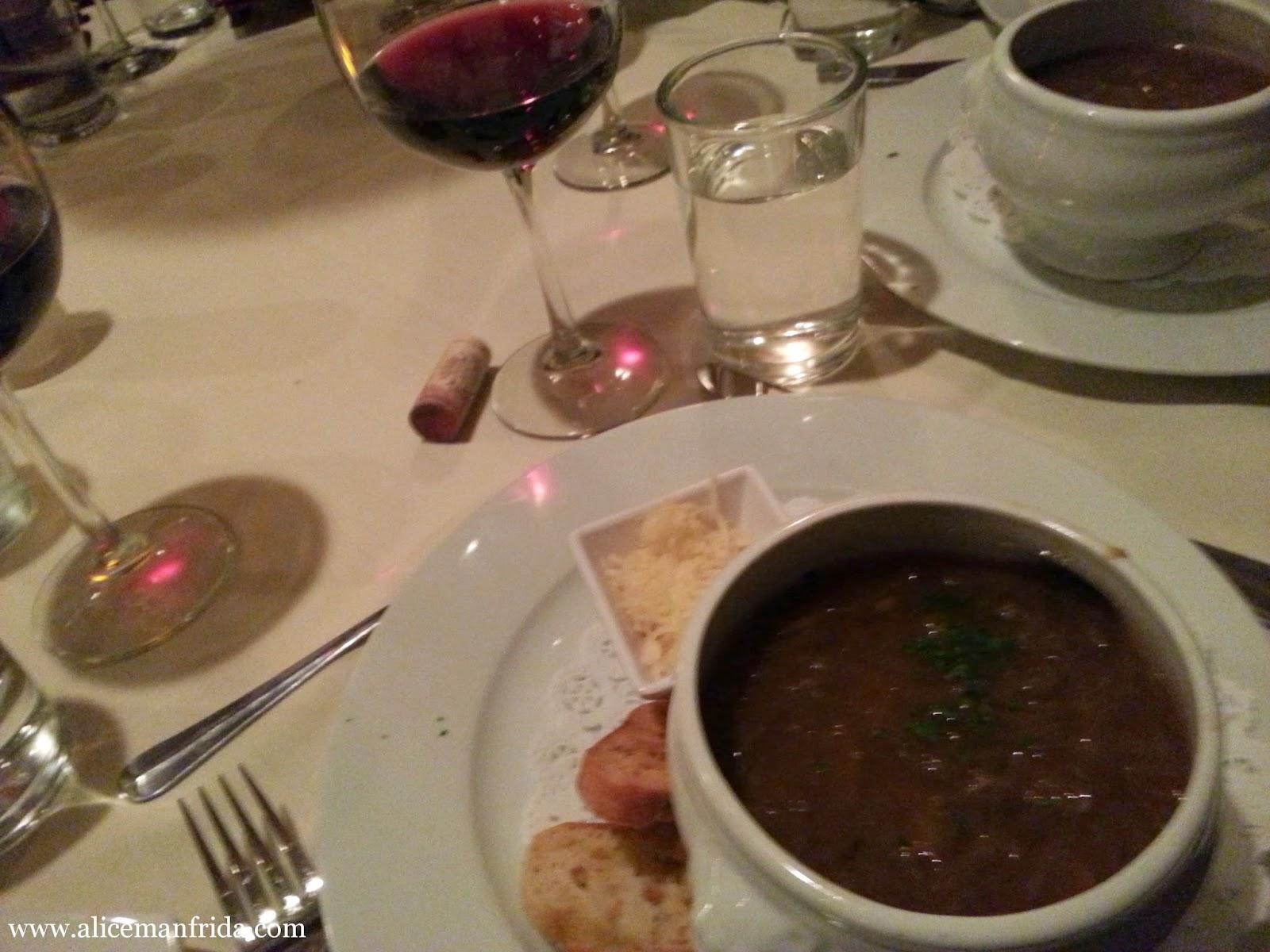 french onion soup, www.alicemanfrida.com