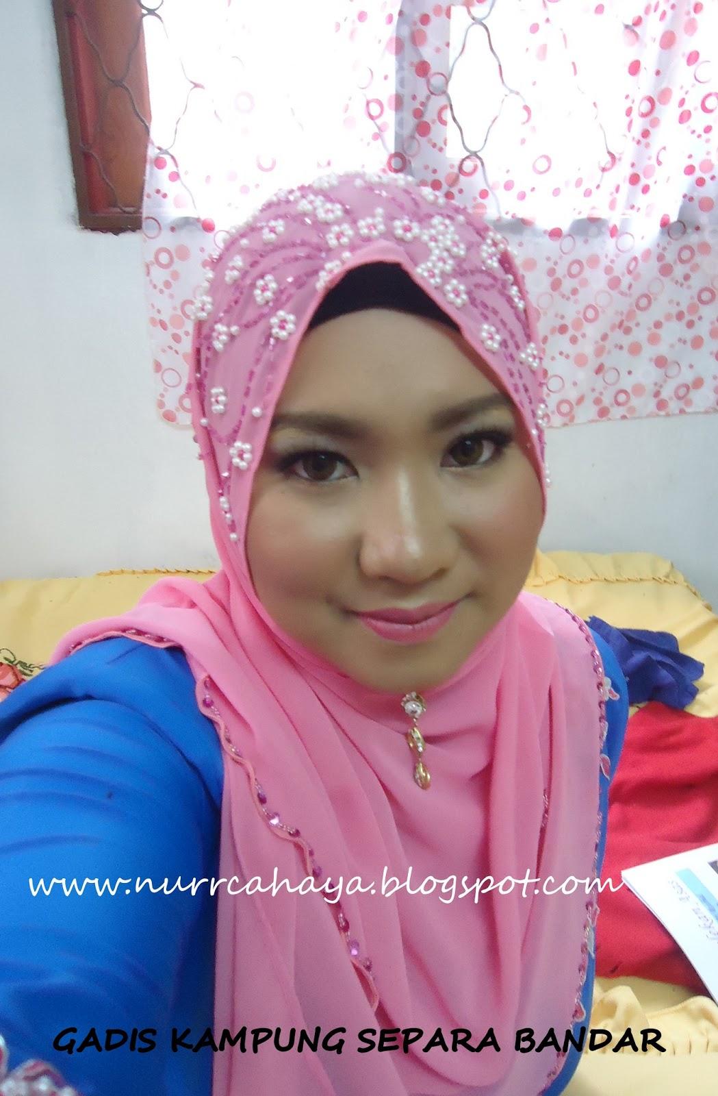 Gadis kampung separa bandar review makeup majlis tunang for Home wallpaper kedah