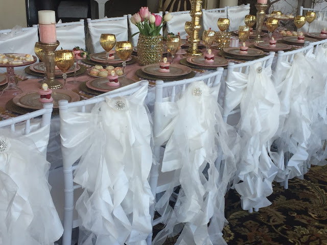 Popular Tablescape