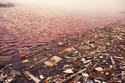 جزيرة القمامة إحدى جزر المالديف maldives-Thilafushi-