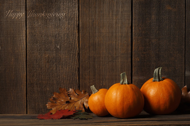 Free Thanksgiving Wallpapers for iPad and iPhone 3