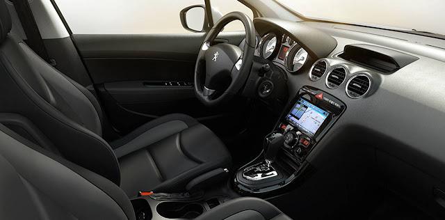 Novo Peugeot 408 2016 - interior