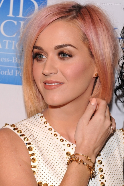 Celebrity Jewelry Boutique Katy Perry And Kelly Ripa In Stella