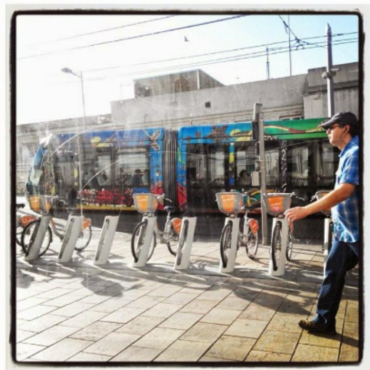 Parkir sepeda disalah satu sudut kota di Perancis