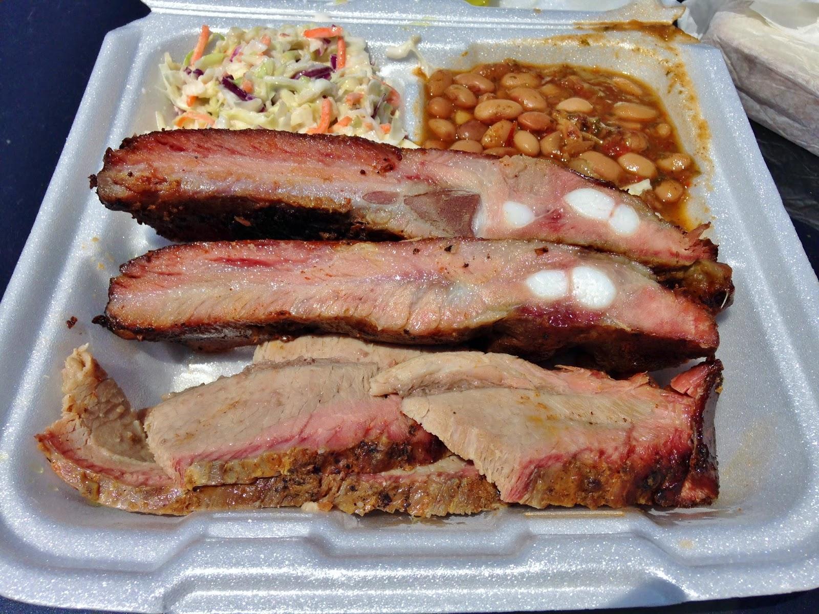 Pork Ribs and Sausage at Rock'N R BBQ