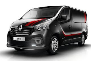 Renault Trafic Sport+ Panel Van (2016) Front Side