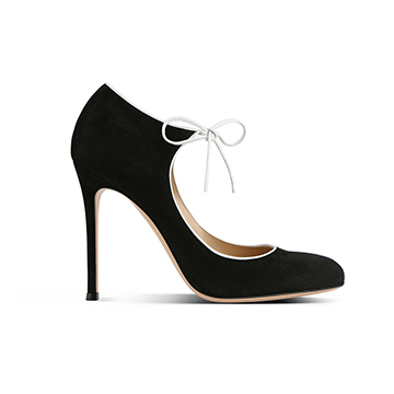 Gianvito Rossi black velvet high heeled pumps with knot