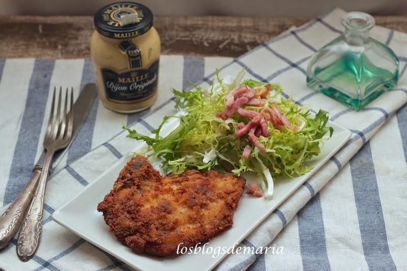 Chuletas de cerdo a la mostaza con ensalada de escarola
