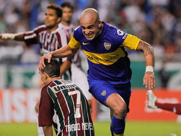 Com gol de Santiago Silva aos 45min do segundo tempo, Boca Juniors arranca empate no Rio de Janeiro e elimina o Fluminense nas quartas de final da Copa Libertadores